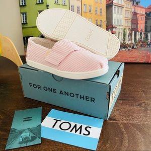 NEW Toms Kids Toddler Girl Pink Faux Fur Sneaker
